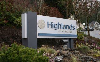 Highlands Monument